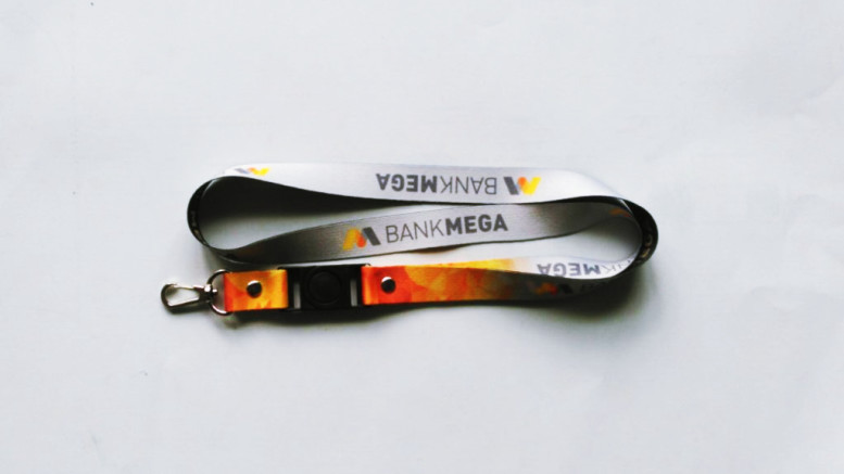 Perbedaan Tali ID Card 2 Sisi dan 1 Sisi